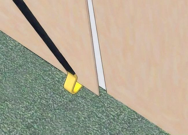 Titel afbeelding Remove Drywall Step 6