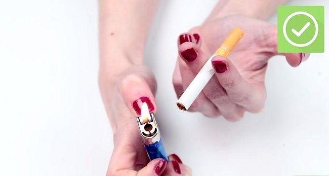 Titel afbeelding Fix a Broken Cigarette Step 5