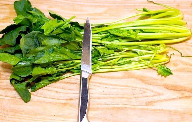 Hoe spinazie te sauteren