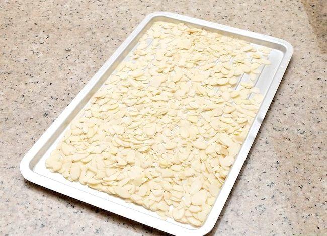 Titel afbeelding Toast Sliced Almonds Step 2