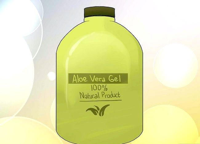 Titel afbeelding Use Aloe Ice Cubes to Sunburn Step 6