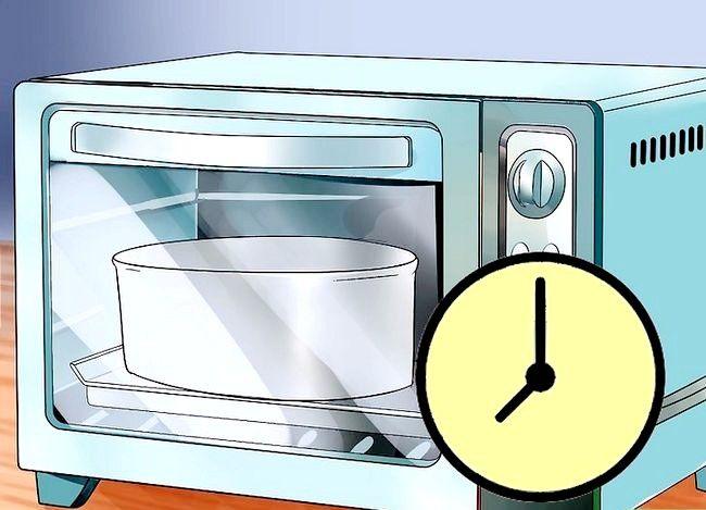 Titel afbeelding Use Topsy Turvy Cake Pans Step 6