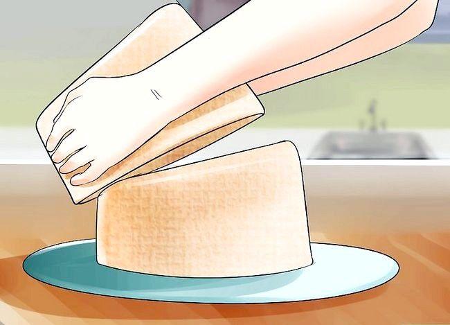 Titel afbeelding Use Topsy Turvy Cake Pans Step 8