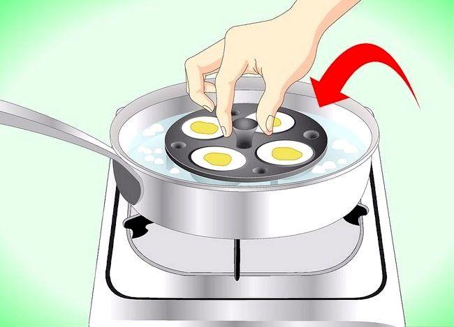 Titel afbeelding Use an Egg Poacher Step 4