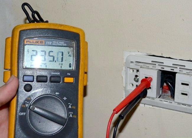 Titel afbeelding Use Voltage Testers Step 3