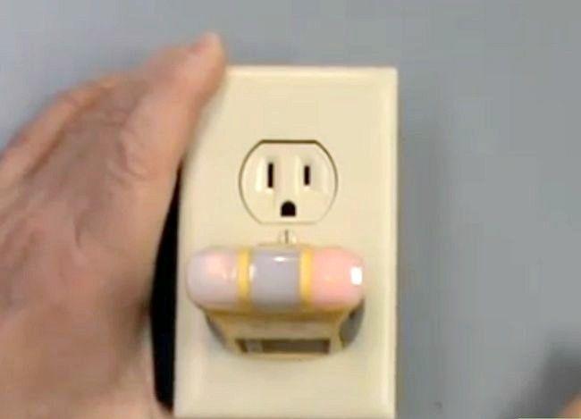 Titel afbeelding Use Voltage Testers Step 5