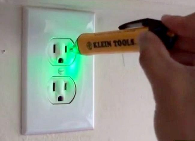 Titel afbeelding Use Voltage Testers Step 6
