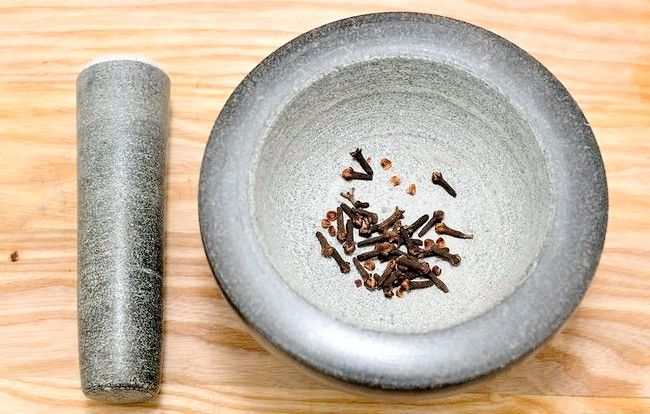 Titel afbeelding Use a Mortar and Pestle Step 4